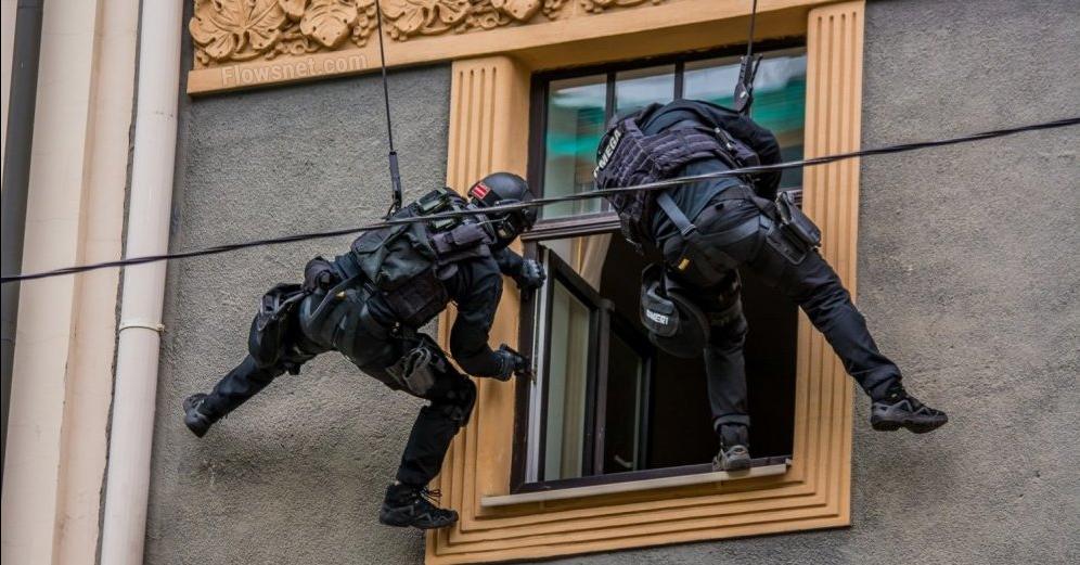 Reģionos veidos policijas specvienības (SUB) masu nemieru novēršanai